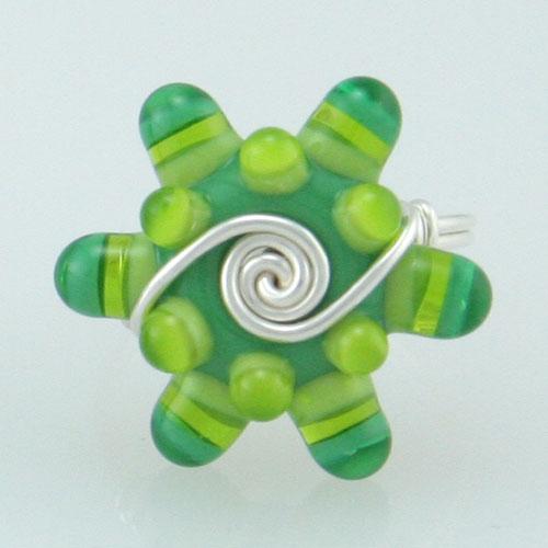 bright-green-glass-bead-rin